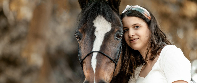 Pony-Pferdemaedchen